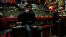 Müşteriye özel bardakla çay