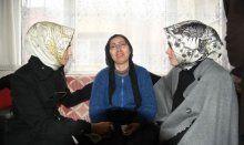 Cumhurbaşkanı'nın kızlarından Özgecan'ın ailesine ziyaret