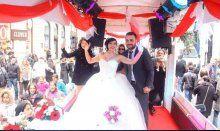 Sevgililer Günü'nde nostaljik tramvayda dünya evine girdiler