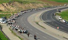 Cizre'den Diyarbakır'a 'Öcalan'a özgürlük'yürüyüşü