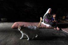İsrail zulmünden kaçıp mağarada yaşıyorlar