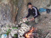 Silah sesleriyle yankılanan mağaralar artık kamp alanı