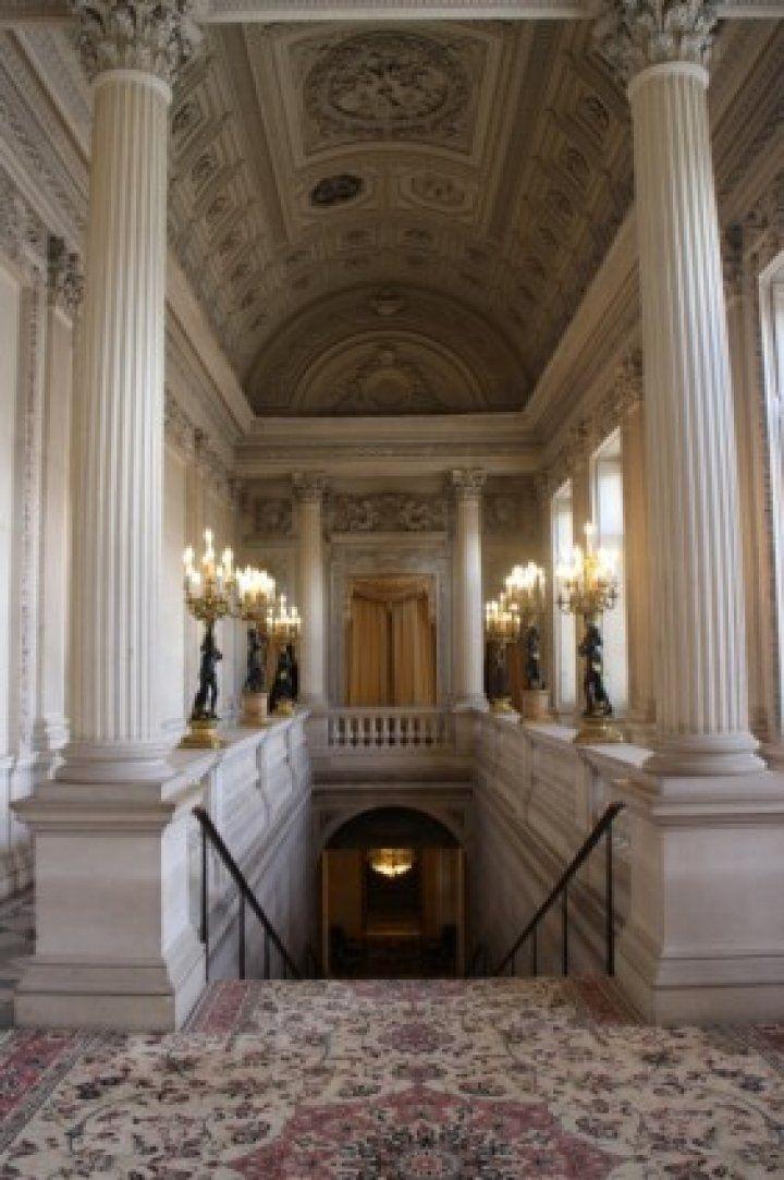 """Osmanlı'nın ilk temsilcilik binası: """"The Hotel de Monaco"""""""