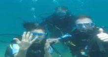 Hostese denizaltında evlilik teklifi