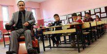 Öğretmen olabilmek için azmiyle engelleri aştı
