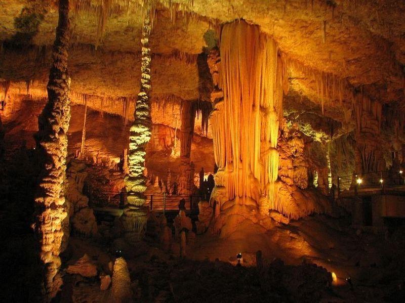 Tesadüfen keşfedilen korkunç mağara!
