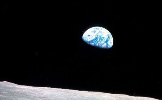 Ay'daki fotoğrafın sırrı çözüldü!