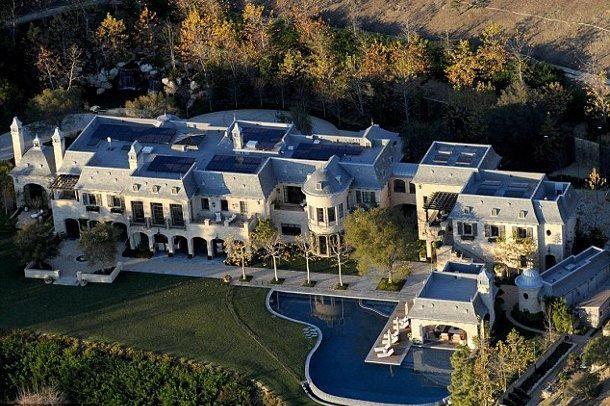 Bu malikanede yaşamak 'para' ister!