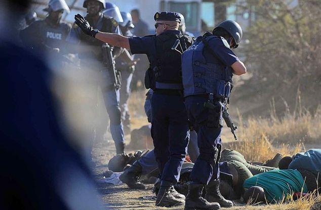 Güney Afrika'da polis dehşeti