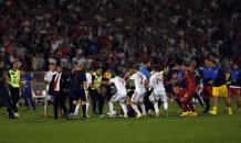 Sırbistan-Arnavutluk maçında büyük olaylar!