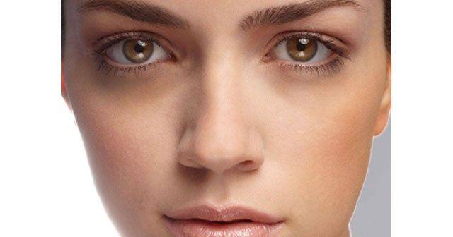Koyu göz halkalarına bitkisel çözüm