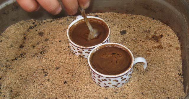 Kumda pişen kahveyi denediniz mi?