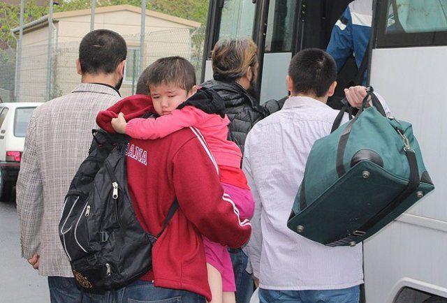 Tayland 90 Uygur'u Çin'e iade etti