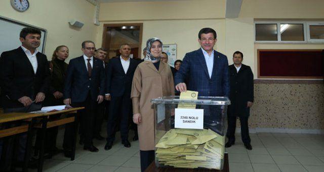 AK Parti 317 milletvekili ile tek başına iktidar!