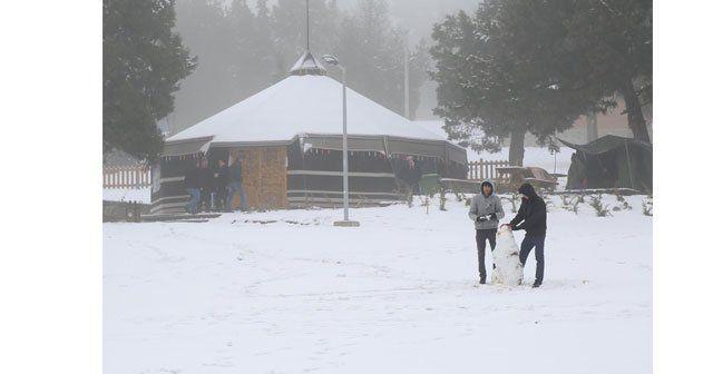 Bağbaşı yaylası'nda kar keyfi