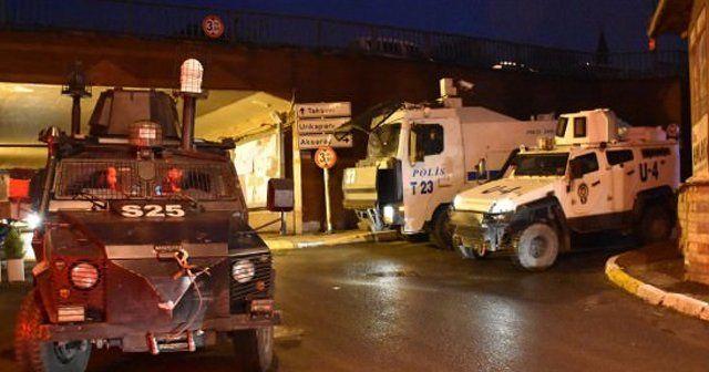 HDP Beyoğlu İlçe Başkanlığı'na polis operasyonu