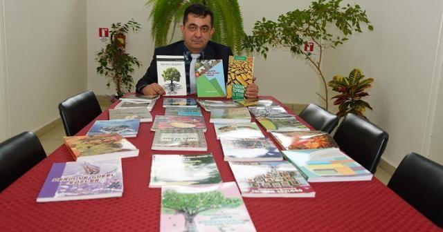 Kitaplara aşık bir ormancı