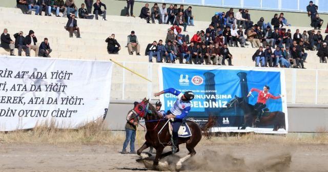 4. Geleneksel Cirit Turnuvası nefes kesti