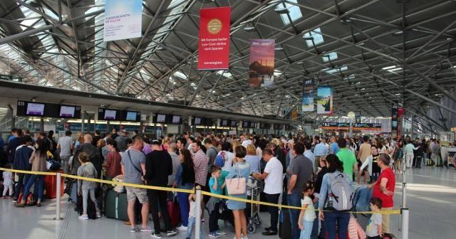 Almanya'da bir ihbar tüm uçuşları durdurdu