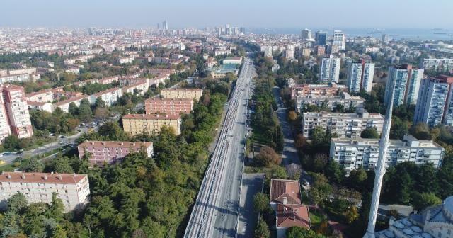 İstanbul'da banliyö hattının ilk rayları havadan görüntülendi