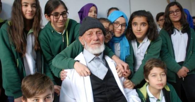 97 yaşında öğretmenlik yaptı