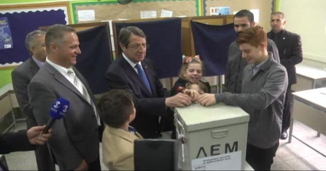 Güney Kıbrıs başkanını seçiyor