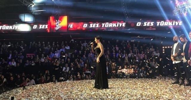 """Kıbrıs Türkü'nün gururu Lütfiye Özipek, """"O Ses Türkiye"""" şampiyonu"""