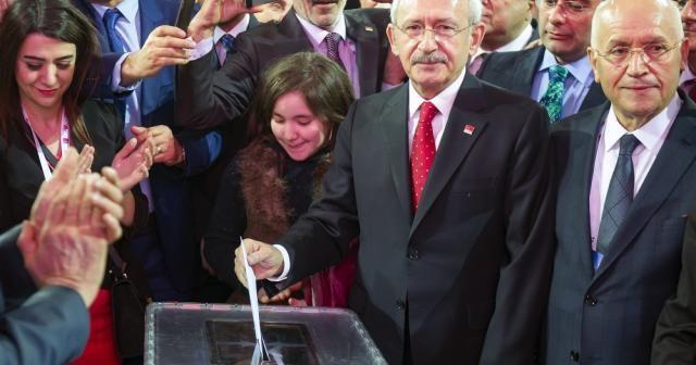 Kılıçdaroğlu, yeniden CHP Genel Başkanı seçildi