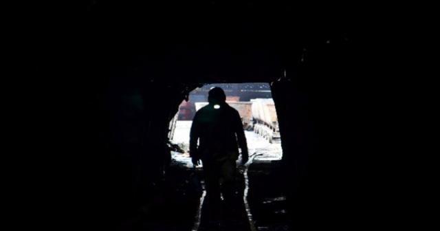 O ülkede 950 madenci mahsur kaldı