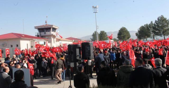 Siirtliler, Mehmetçik'leri Afrin'e uğurladı