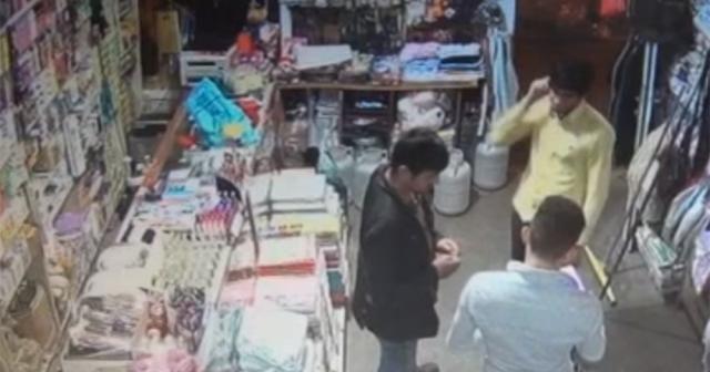 İş yerine giren hırsızı pusu kurarak yakaladı