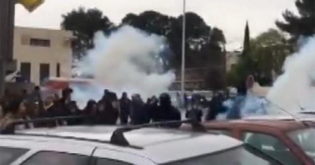 Fransa'da göstericilerle polis çatıştı: 51 gözaltı