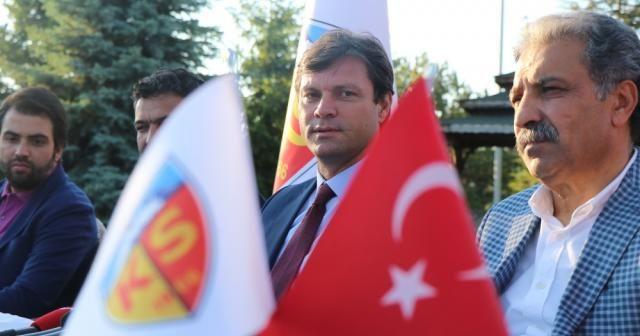 Ertuğrul Sağlam, Kayserispor ile 3 yıllık sözleşme imzaladı