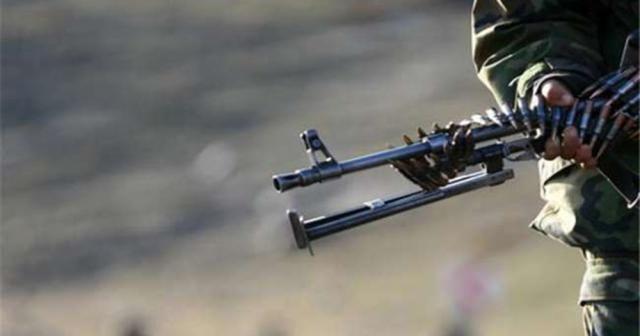 Jandarma karakoluna saldırı: 2 yaralı
