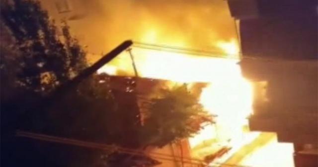 İşçilerin kaldığı barakada korkutan yangın