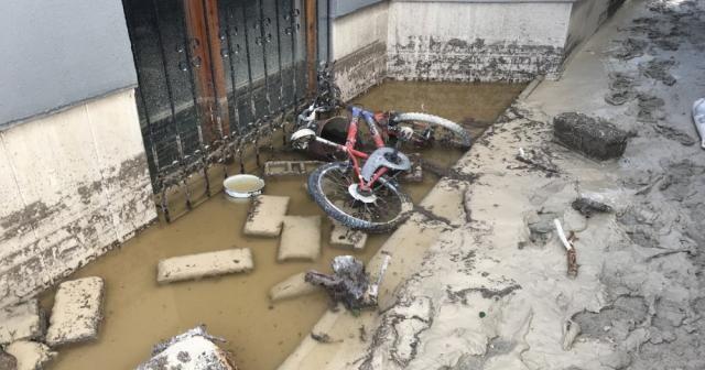 Konya'da 121 ev ve işyerini su bastı