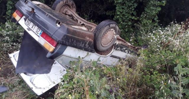 Pazardan dönen aile kaza yaptı: 4 yaralı