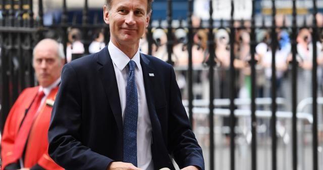 İngiltere'nin Dışişleri Bakanı Jeremy Hunt oldu