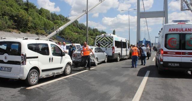 FSM Köprüsünde zincirleme kaza: 4 yaralı