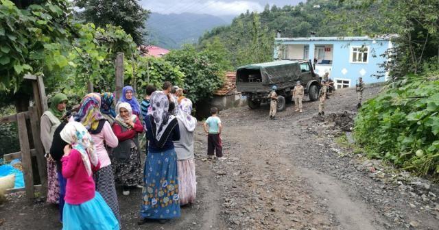 Ordu'da heyelan tehlikesi: 18 ev boşaltıldı