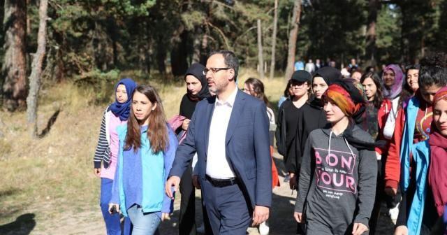 Bakan Kasapoğlu'ndan sürpriz ziyaret