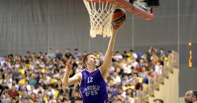 Gloria Cup Basketball Turnuvası tüm heyecanıyla devam ediyor