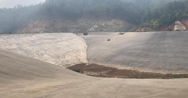 Hatay'daki yangında vatandaşın boş su göleti isyanı