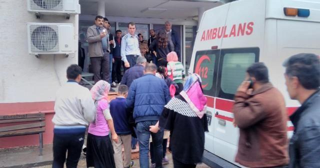 40 öğrenci hastaneye kaldırıldı