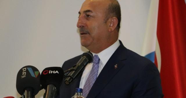 """Bakan Çavuşoğlu'ndan """"insani dış politika"""" mesajı"""