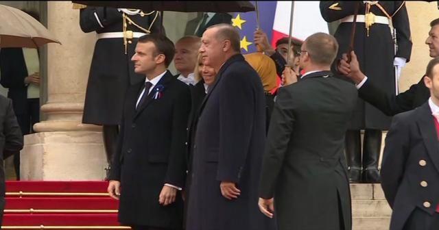 Erdoğan Elysee Sarayı'nda