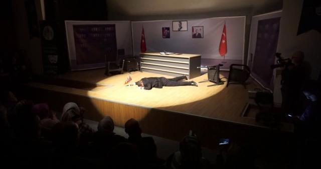 Şehit Kaymakam Safitürk'ün hayatı tiyatro sahnesinde