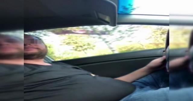 Turisti dolandıran tacizci taksici kamerada