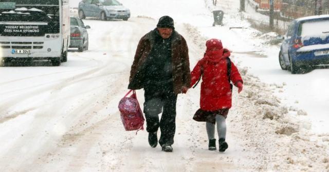 3 ilde daha okullara kar tatili