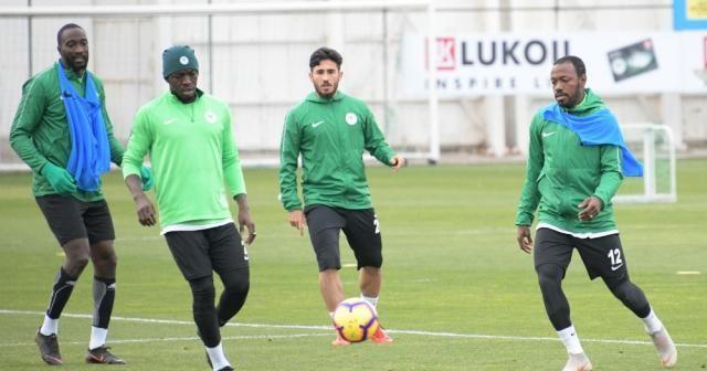 Atiker Konyaspor'da, Kasımpaşa mesaisi sürdü